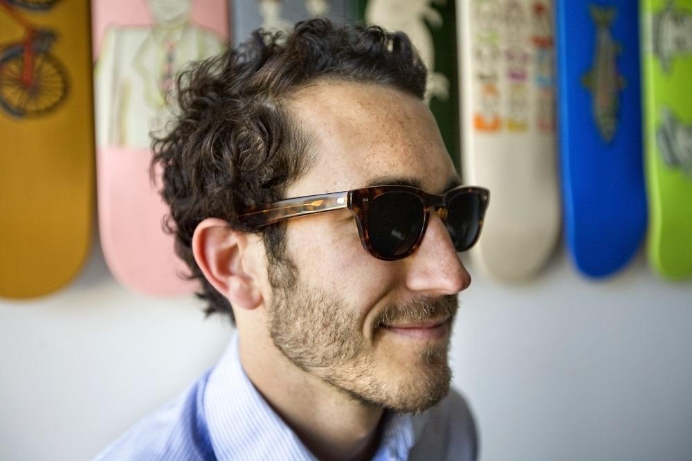 lunettes-de-soleil-écaille-tortue. Pour les hommes, la monture tendance ... 94afd5da3466