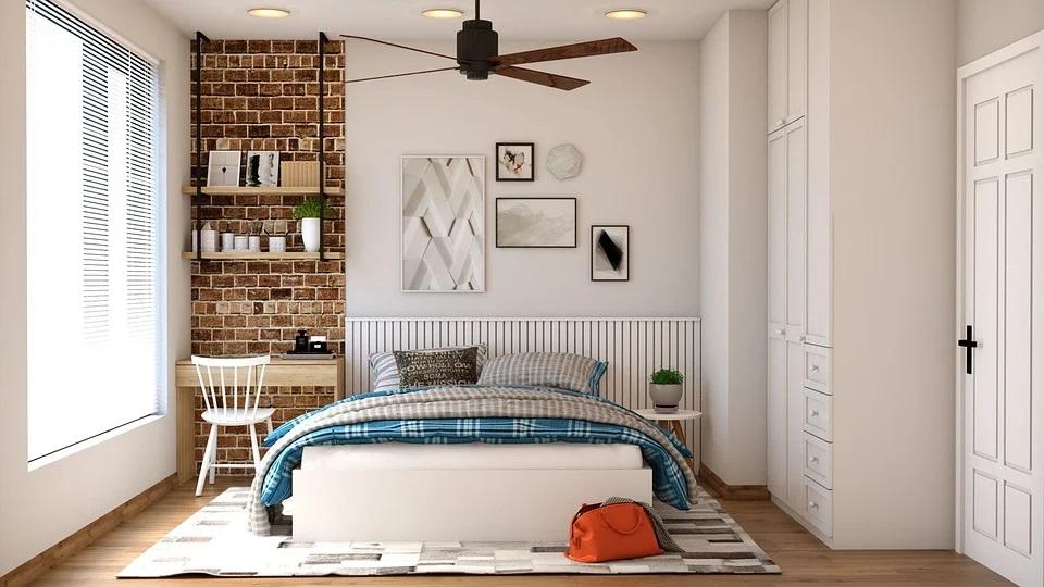 Chambre à coucher bien rénovée déco